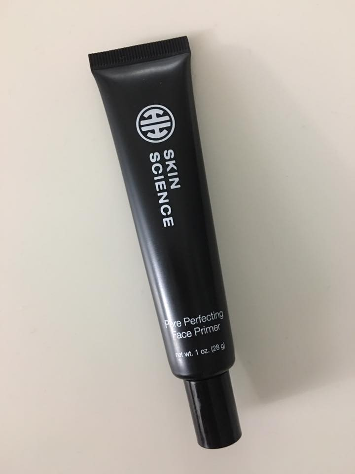 #HHScience Pore Perfecting Face Primer is awesome! It's great for my skin and keeps my makeup lasting all day!